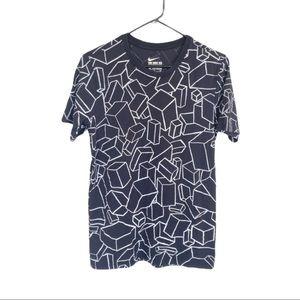 🍋 NIKE Tee SB Athletic Cut T-Shirt CUBES Graphic